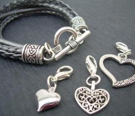 Womens Leather Bracelet With Three Lobster Clasp Heart Charms in Metallic Silver/Gray